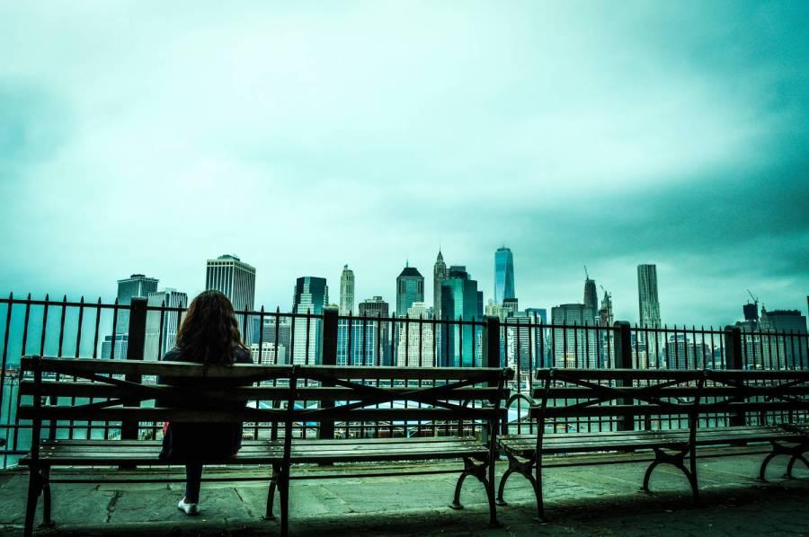 Beautiful view of Manhattan from the Brooklyn Heights Promenade - New York, USA