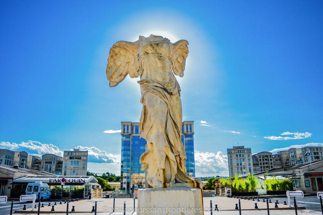 Samothrace's victory statue in front of the Hôtel de région - Montpellier, France