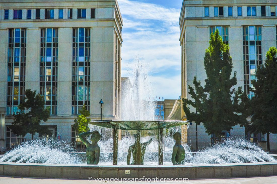 Nice fountain on the Place de Thessalie in the Antigone district - Montpellier, France