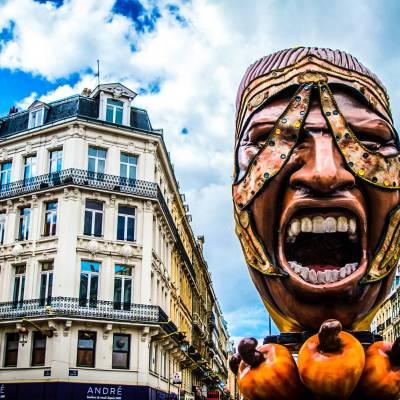 Sculpture géante pour l'événement Renaissance - Lille, France
