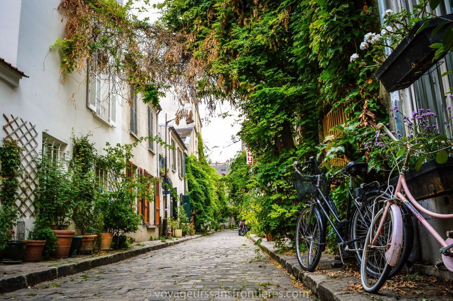 The rue des Thermopyles - Paris, France