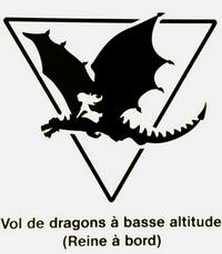 """""""Vol de dragons à basse altitude (Reine à bord)"""" - Exposition Game of Thrones, Paris"""
