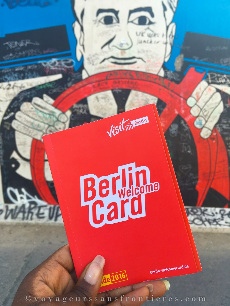 Berlin Welcome Card devant l'East Side Gallery - Berlin, Allemagne
