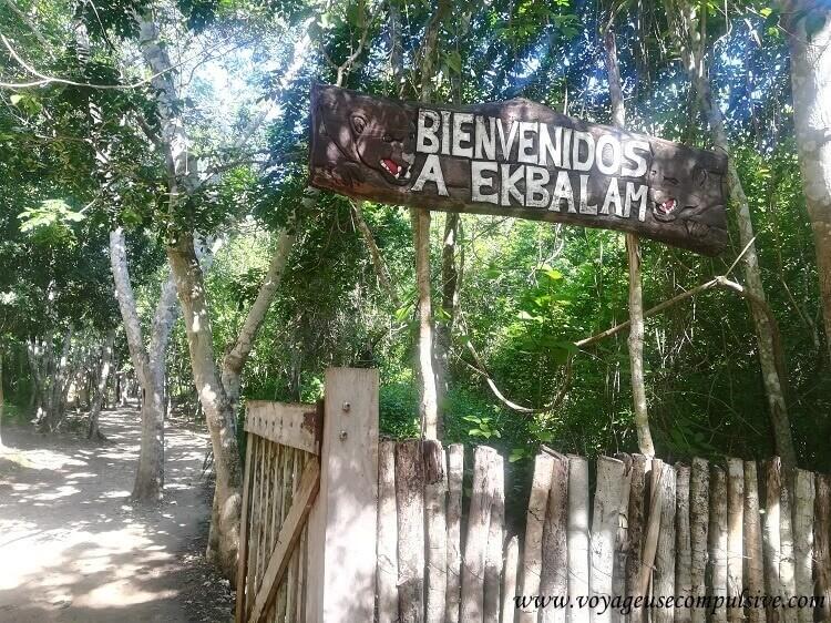 Le panneau d'entrée d'Ek Balam.