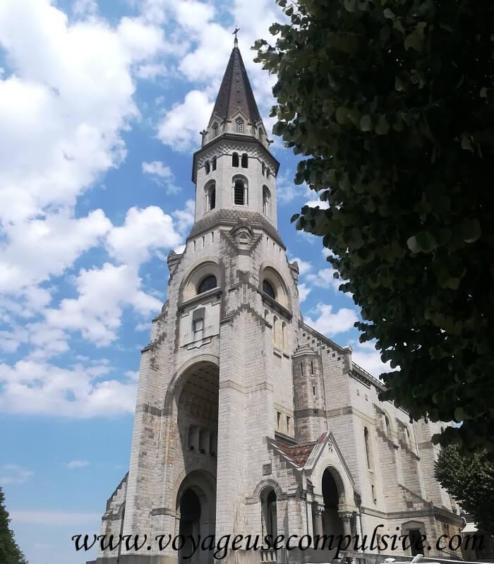 Vue sur la Basilique de la Visitation à Annecy