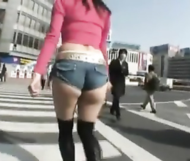 Japanese Girl Dressed Like A Slut For A Public Walk