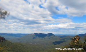 "Vista a  ""Solitary Mount """