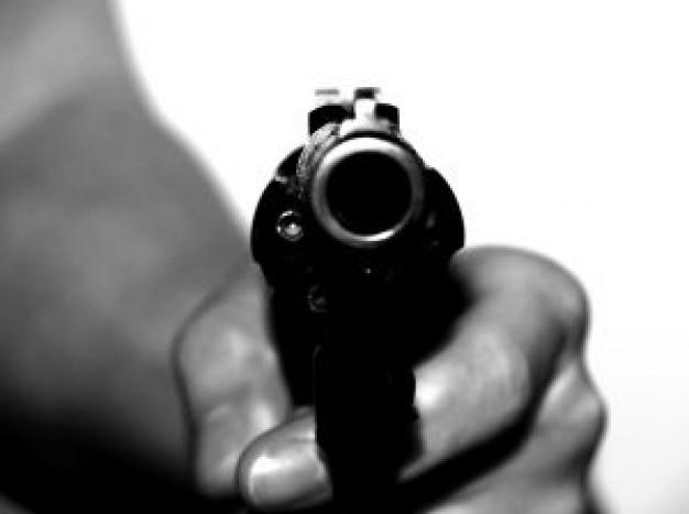 No Brasil, uma pessoa foi assassinada a cada nove minutos em 2015