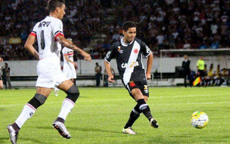 No Arruda, Santa Cruz perde para Vasco e é eliminado da Copa do Brasil