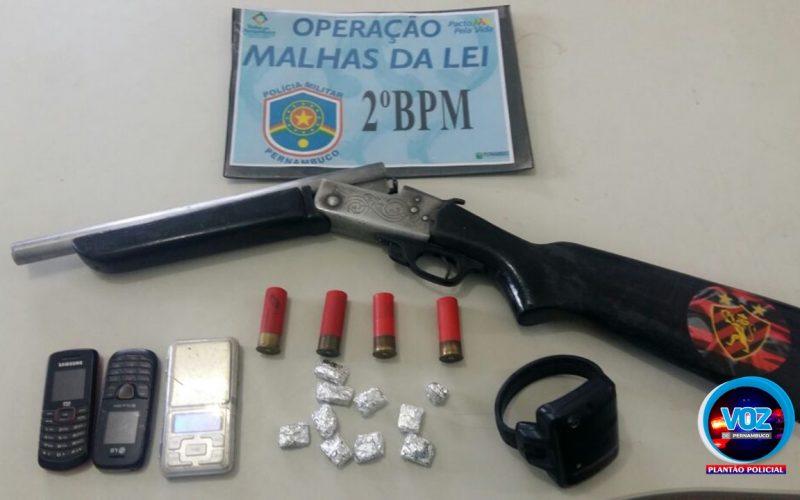 Presidiário fugitivo é preso traficando drogas em Carpina