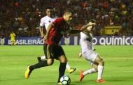 Magrão falha, mas Rogério marca e Sport empata com Santos na Ilha do Retiro