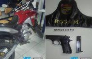ROCAM recupera moto roubada e detém jovem com arma em Carpina