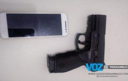 Homem é detido com celular roubado em Carpina