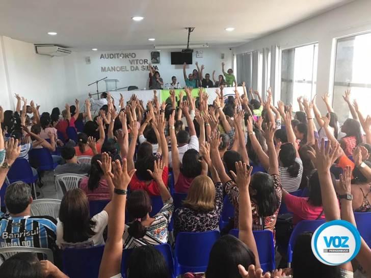 Professores de Carpina irão entrar em greve a partir de julho
