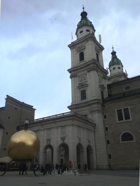 salisburgo-cosa-vedere-kapitelplatz