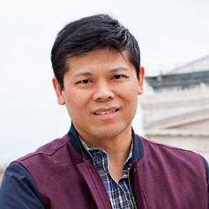 Danny de la Cruz @ VRAI Magazine