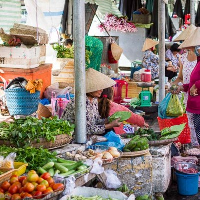 Street Markets of Vietnam - VRAI Magazine