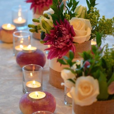 Centerpieces with turnip candle holders - VRAI Magazine