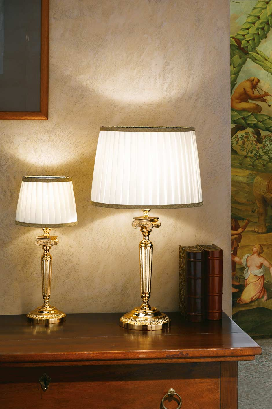 Table Lamp In Gold Plated Bronze With Round Base White Pleated Shade Trimmed With Gold Braid