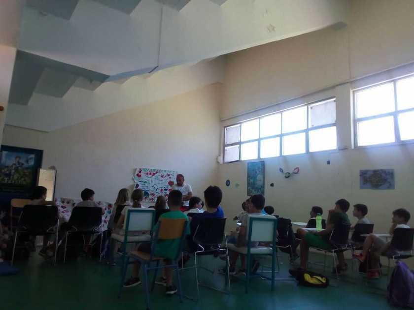Μάθημα Γαλλικών από τον Κωνσταντίνο Βρακά