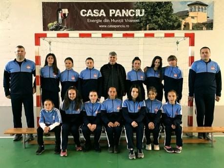 fotbal feminin tifesti