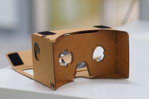 Google Cardboard VR Headseat