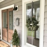 79 Beautiful Farmhouse Front Porches Decorating Ideas-4001