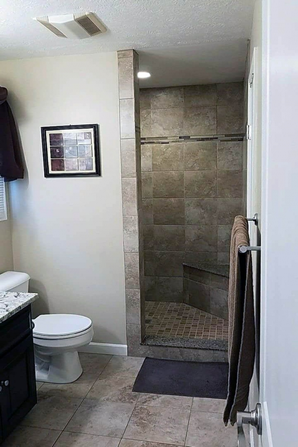 99 Beautiful Bathroom Shower Decoration - Look at them-3641