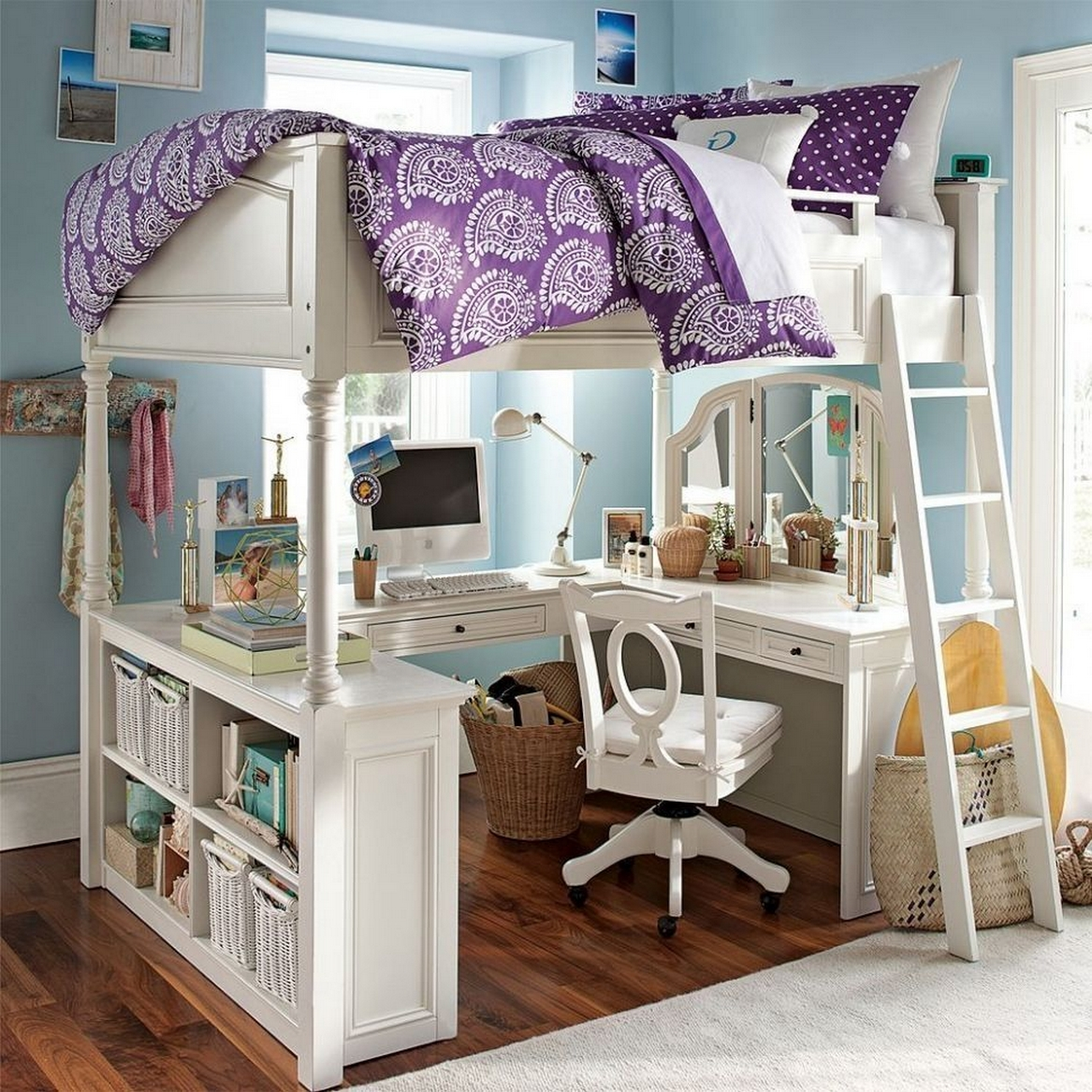 30+ Bunk Beds Design Ideas With Desk Areas Help To Make Compact Bedrooms Bigger 23