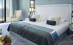 85 Master Bedroom Decoration Models With Two Beds Feel Comfortable In Use 9