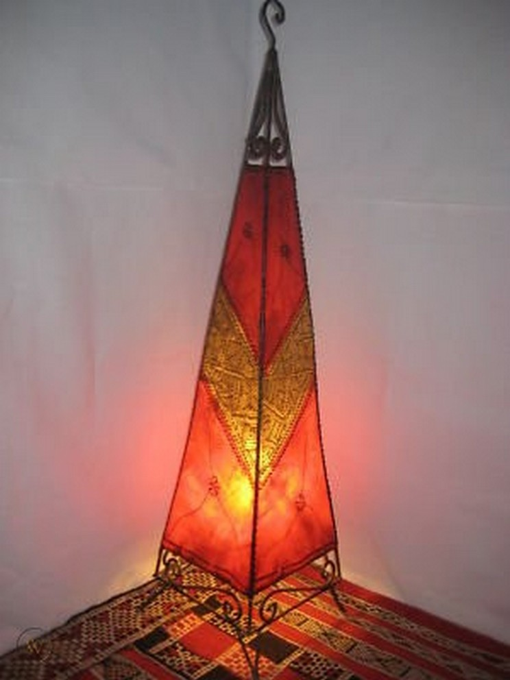 Breathtakingly Beautiful Moroccan Henna Lamps 56