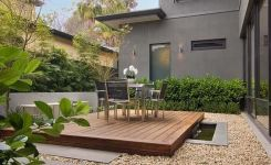91 Small Backyard Landscape Decoration Models Are Simple And Look Creative 38