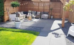 91 Small Backyard Landscape Decoration Models Are Simple And Look Creative 65