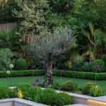 91 Small Backyard Landscape Decoration Models Are Simple And Look Creative 71