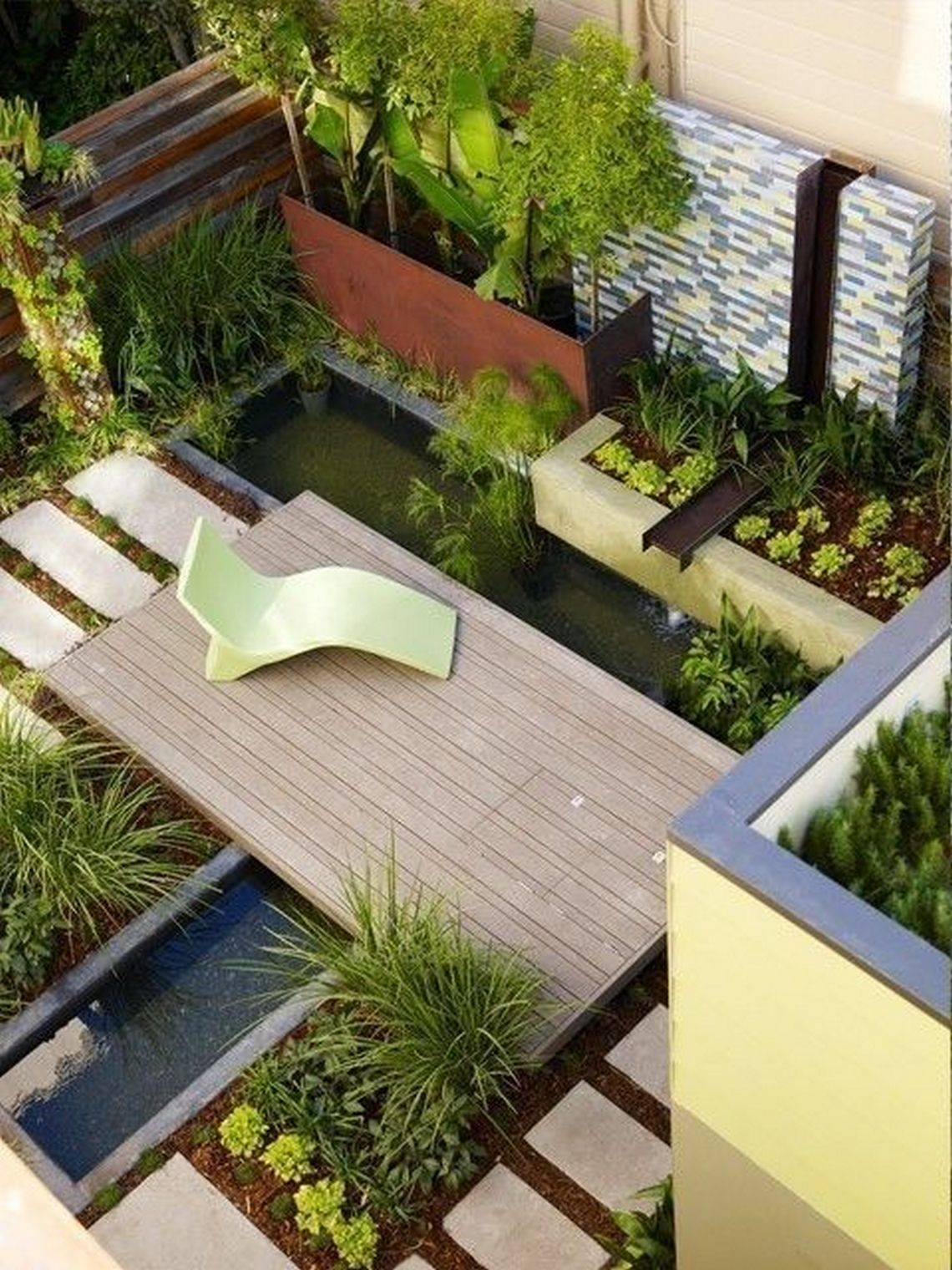 91 Small Backyard Landscape Decoration Models Are Simple And Look Creative 74