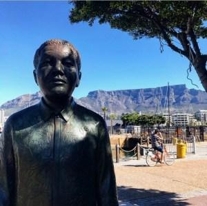 Beeld van Nelson Mandela in Kaapstad, Zuid-Afrika