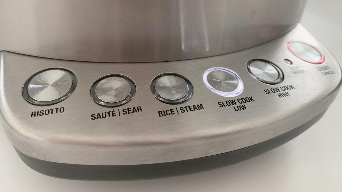 Bedieningspaneel van de Solis Multi Chef Pro multicooker (risotto maker, rijstkoker, slowcooker in één)