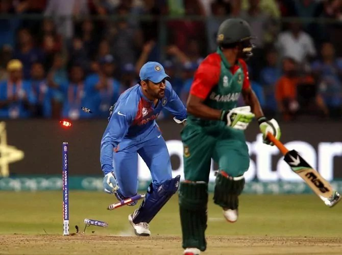 dhoni-run-out-victory