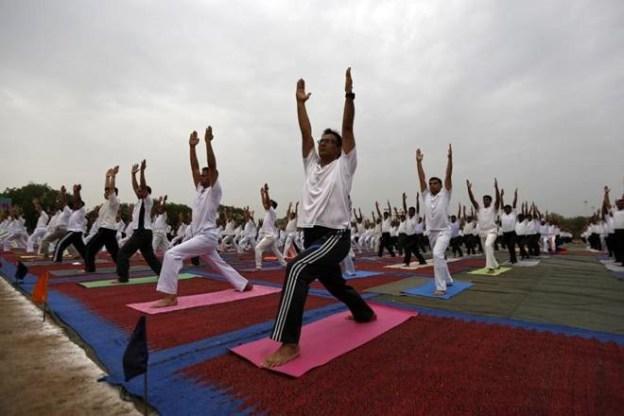 Yoga-Day-reu-L.jpg