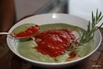 Холодный суп из авокадо и помидоров