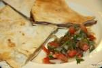 Кесадильи с мексиканским соусом