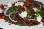 Салат из итальянской чечевицы с томатами и горгонцолой