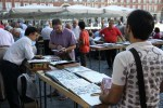 По воскресеньям Пласа Майор в Мадриде превращается в рынок филателистов и нумизматов