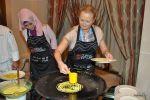 На мастер-классе в Куала-Лумпуре: пеку кружевные блины