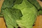 Савойская капуста вполне пригодна для приготовления зеленого португальского супа