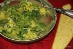 Португальский суп caldo verde с домашним кукурузным хлебом