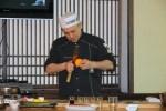Это не приготовление к харакири: Бан-сан срезает цедру апельсина