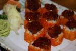 Ролл с мясом королевского краба и особым соусом-желе Kikkoman
