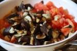 Тушим баклажаны с помидорами
