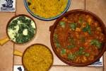 Куриная тикка масала, желтый рис, дал и панир со шпинатом
